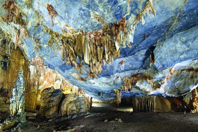 Phong Nha – Dark Cave Tour